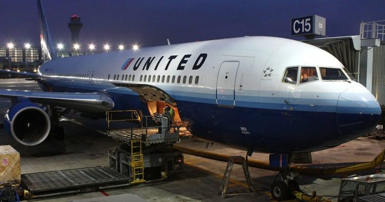 BREAKING: Texas Judge Blocks United Airlines' Vaccine Mandate, Upholds Religious Exemptions After Public Outcry